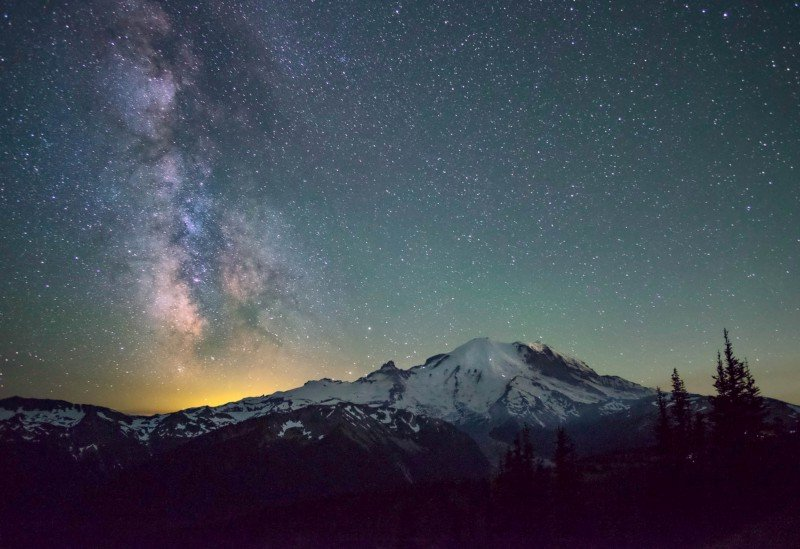 Stargazing in Seattle: Mount Rainier