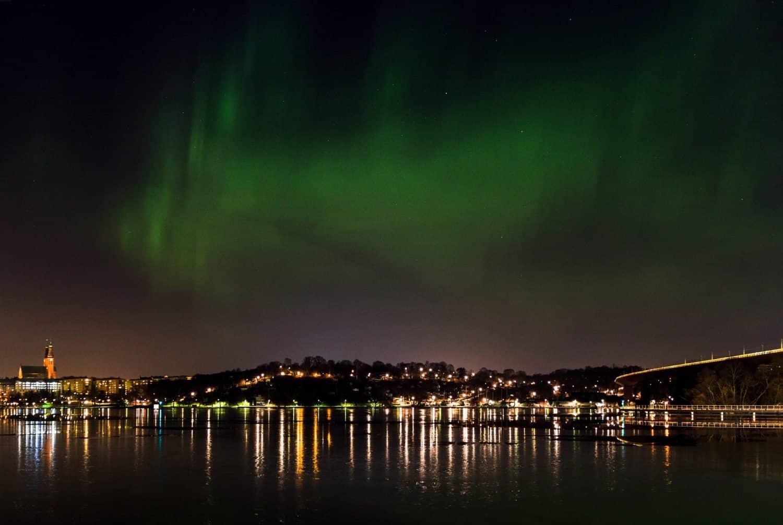 Northern Lights in Stockholm, Sweden - Nick Leppänen Larsson via Flickr