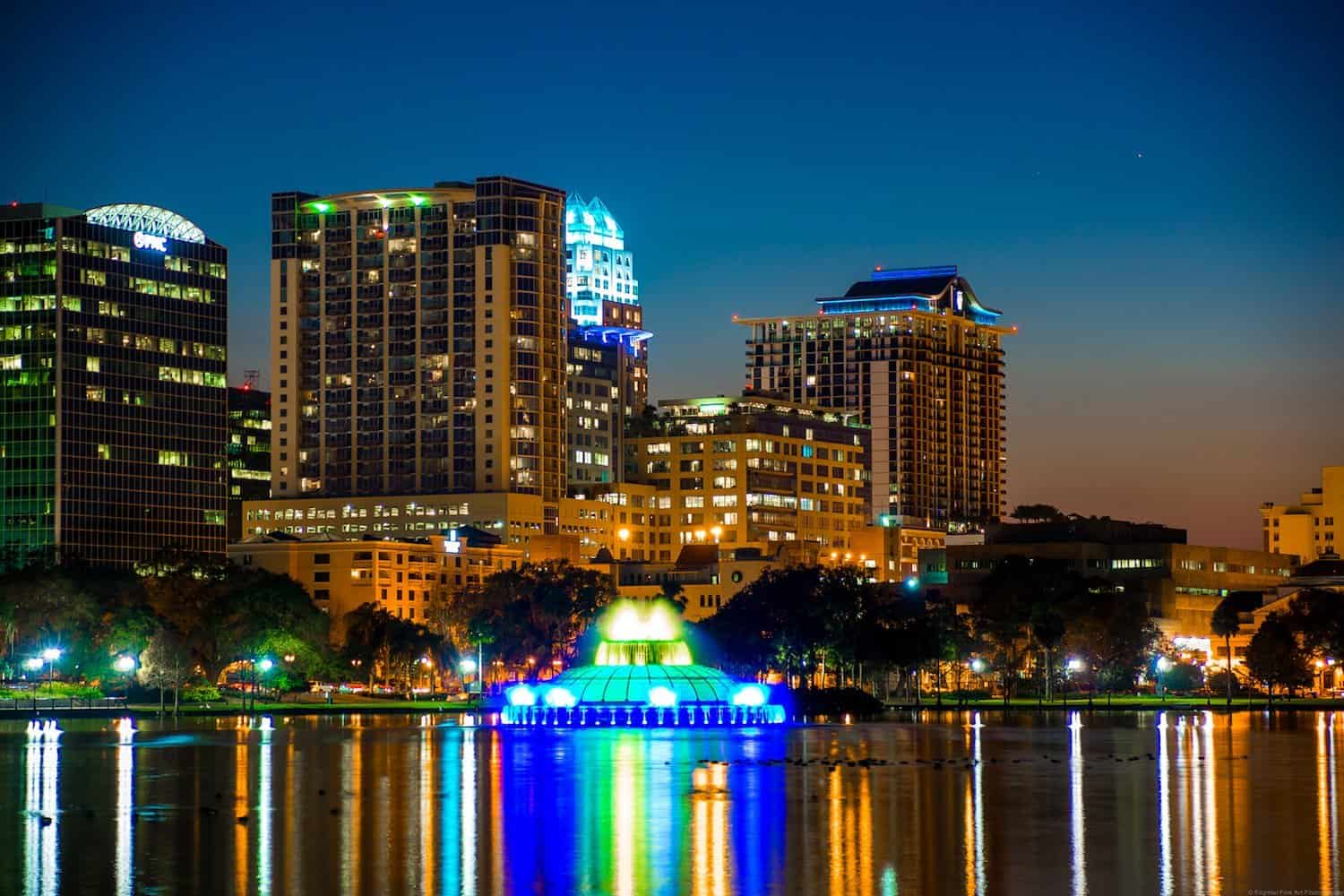 Stargazing in Orlando - Downtown Orlando at Sunset - Ricardo Mangual via Flickr