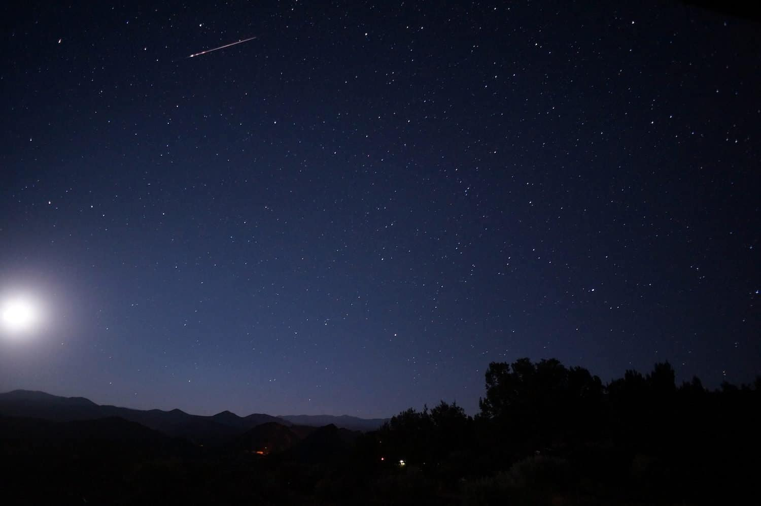 Must-See Night Sky Events in August - Aquarids - Mike Lewinski via Flickr