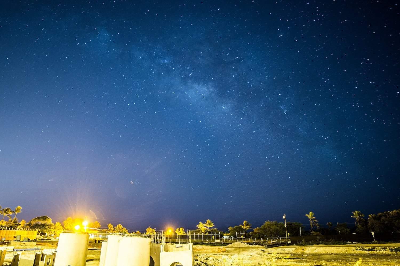 Stargazing in Honolulu - be808 via Flickr