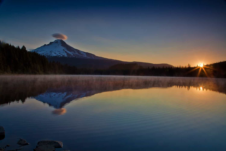 Stargazing near Portland - Trillium Lake - stokes rx via Flickr