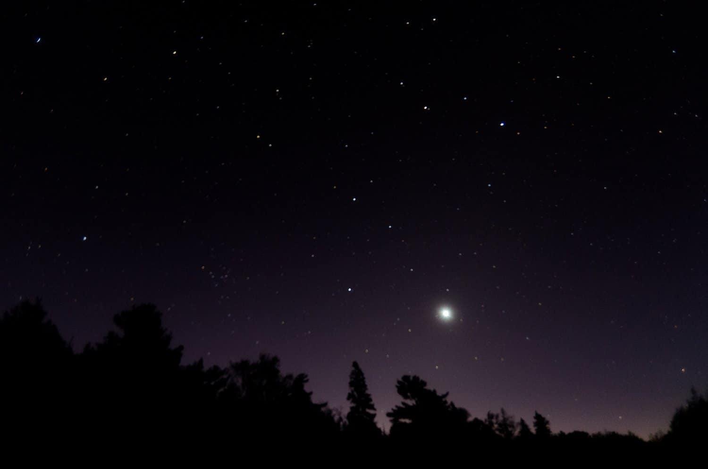 Night Sky December - Venus and the Moon - Arvind Govindaraj via Flickr