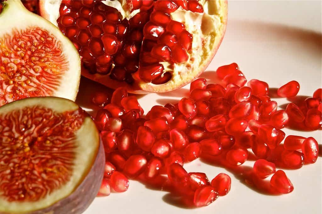 Yalda Winter Solstice Celebrations - Pomegranate - Zdenko Zivkovic via Flickr