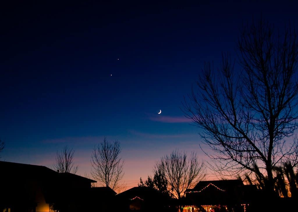 Night Sky in January - Moon, Venus & Jupiter - Don't Know Much... via Flickr