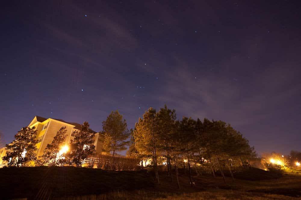 Urban Stargazing - Barret Socker via Flickr
