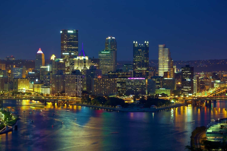 Stargazing in Pittsburgh - Jiuguang Wang via Flickr