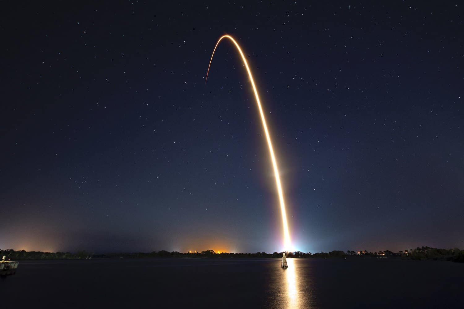 SpaceX Space Tourism Company - Launch Trail