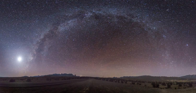 Stargazing in Big Bend - Jesse Sewell via Unsplash