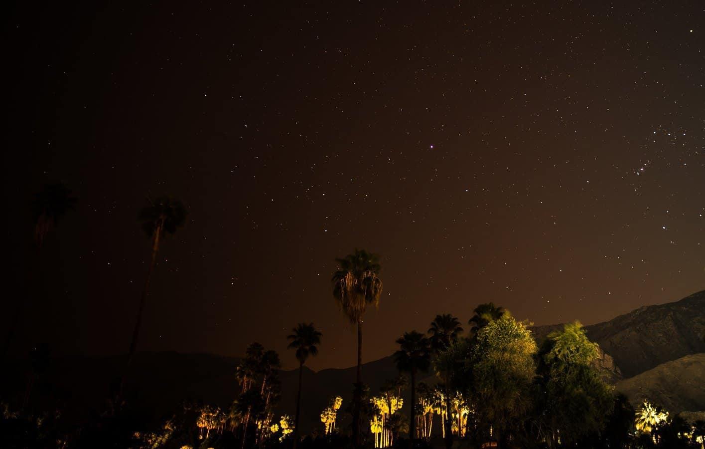 Stargazing in Palm Springs - Grempz via Flickr