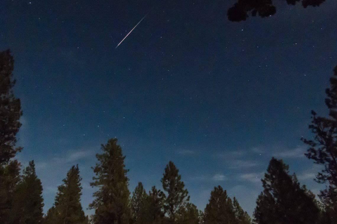 Lyrids Meteor Shower Hero - Rocky Raybell via Flickr