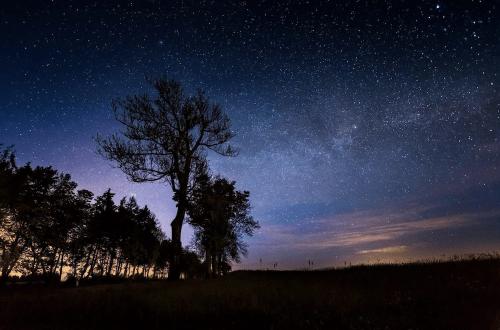 Night Sky in June Hero - Oliver Henze via Flickr 2