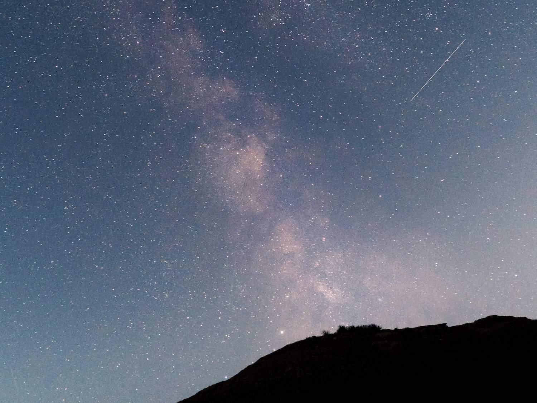 Stargazing in Badlands - Milky Way - Jenny Salita via Flickr
