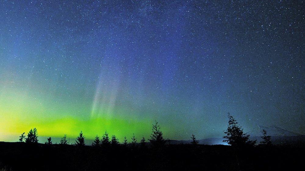Stargazing in Washington - Starry Hill - Braden Henricksen